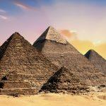 にんにくの効能とは?ピラミッド時代から男性に使用されてきた!